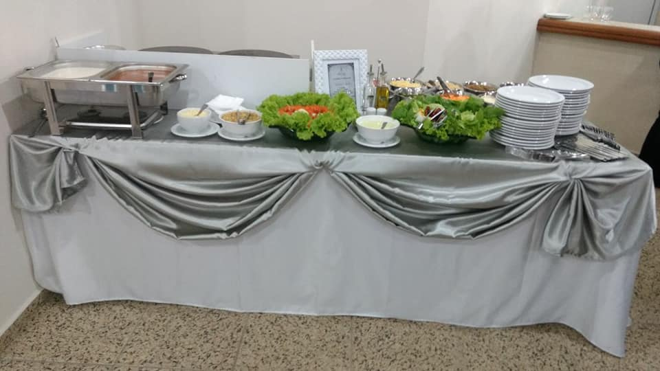 mesa cinza
